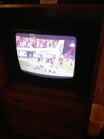 Econo Lodge Airport at Raymond James Stadium: 1990 TV. Maybe older.
