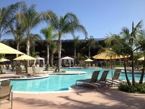 Hilton Grand Vacations Club at MarBrisa: Pool