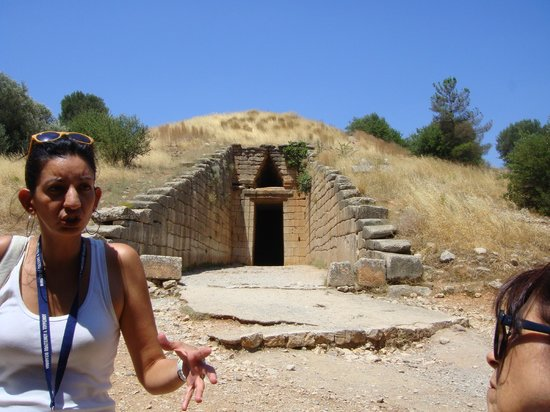 Chat Tours - Day Tours: Mycenaean Bee hive tombs from the time of Agamemnon