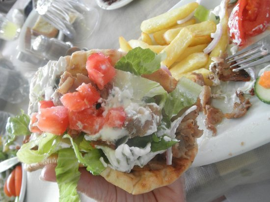 Chat Tours - Day Tours: Best gyros sandwich ever--family restaurant outside Olympia