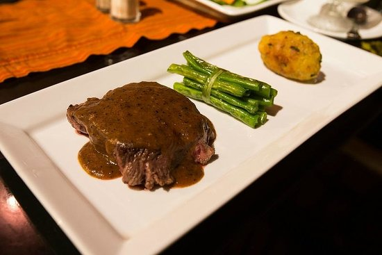 The Ulin Villas & Spa: Tenderlion so Tender it Puts some steakhouse to shame