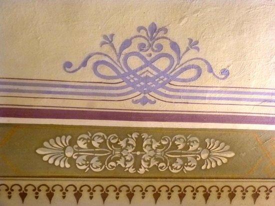 "Antica Residenza Cicogna beautifulstencil in room ""Liberty"""