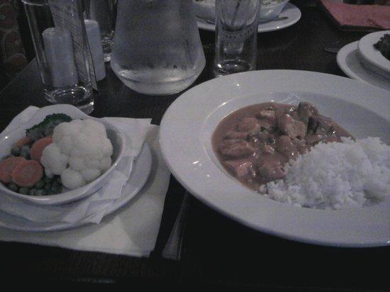 Marco's: Chicken Stroganoff