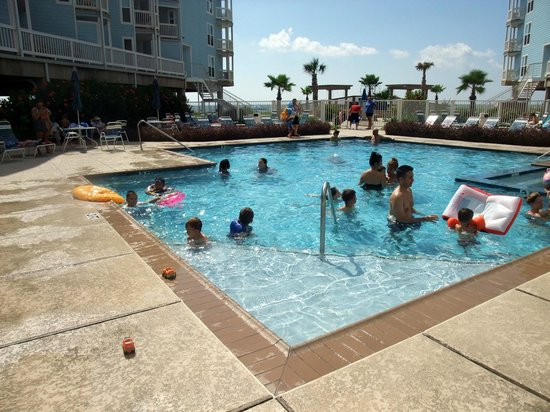 Seascape Condominium Rentals: Seascape main pool