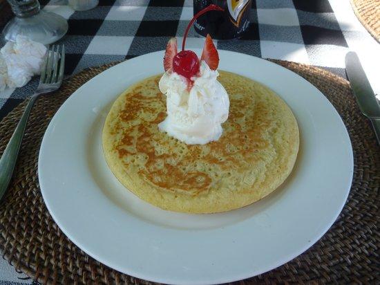Tootsie Bar : Pancake and Icecream