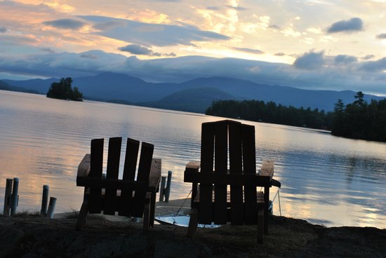 Bonnie View on Lake George: 2 chairs for your use