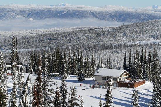 Sun Peaks : View of Sunburst Lodge