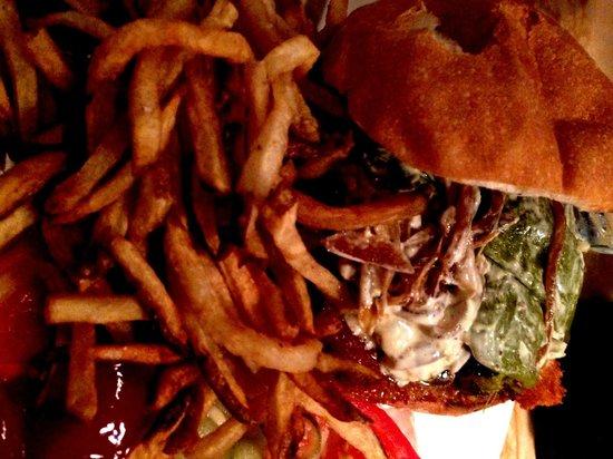 Floradora Saloon: Good burger - Hand Cut FF good but a little soggy