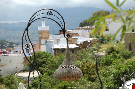 Molin'Arte : Lamps made by the owner and views on Chefchaouen