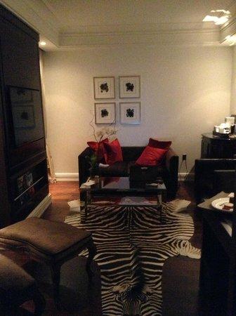 Rosewood Washington, D.C.: Living Room Decor