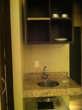 Hotel Saint Paul : Pequena cozinha no quarto
