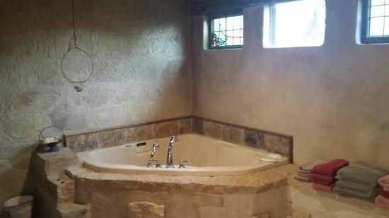 Palo Alto Creek Farm: Bathtub