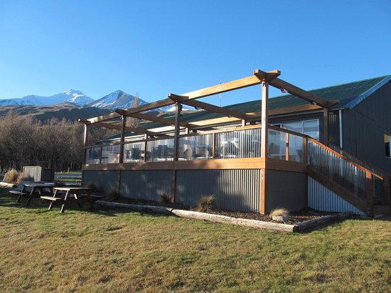Mt Potts Lodge: Lodge Terrace