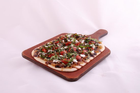 The Old Spaghetti Factory: Tomato Basil Flatbread