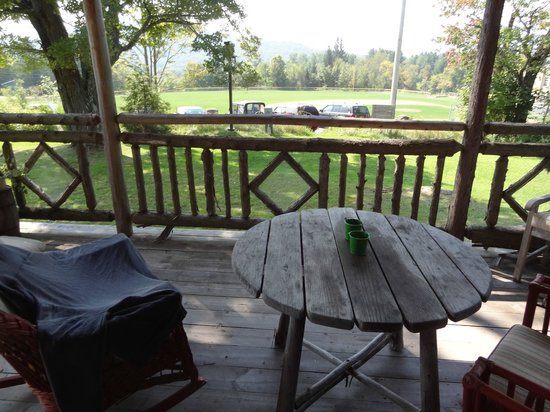 Hotel Mountain Brook: View from the porch