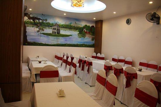 Van Mieu 2 Hotel: restaurant