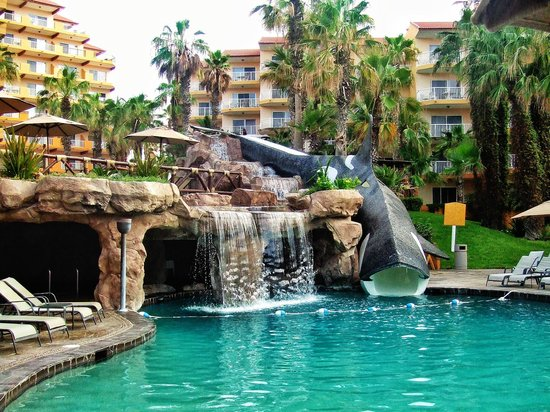 Villa del Palmar Beach Resort & Spa Los Cabos: Don't miss the grotto hot tub or the water slide!