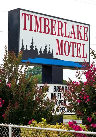 Timberlake Motel Lynchburg: Outdoor sign