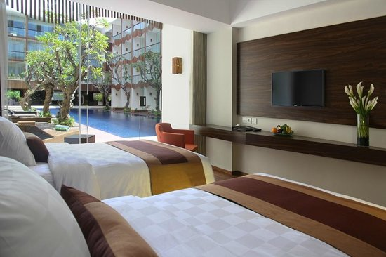 The Bene Hotel: Twin Beds of Pool Access Room