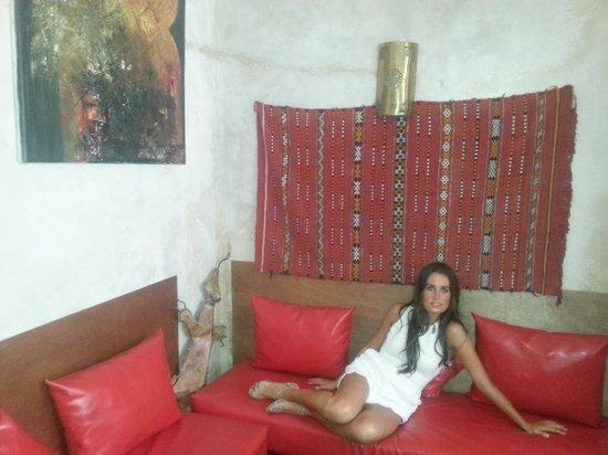 Riad Dar Palmyra: sillones con encanto en el patio
