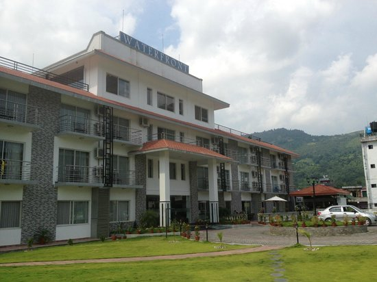 Waterfront Resort Hotel: Hotel