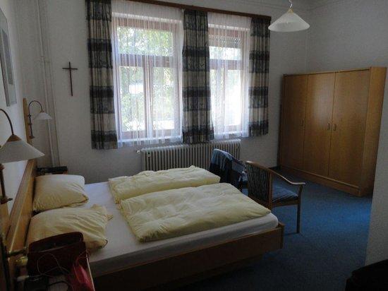 Steiermark Hotel Garni : Спальня