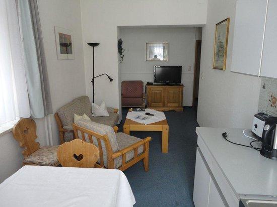 Steiermark Hotel Garni : Кухня-столовая