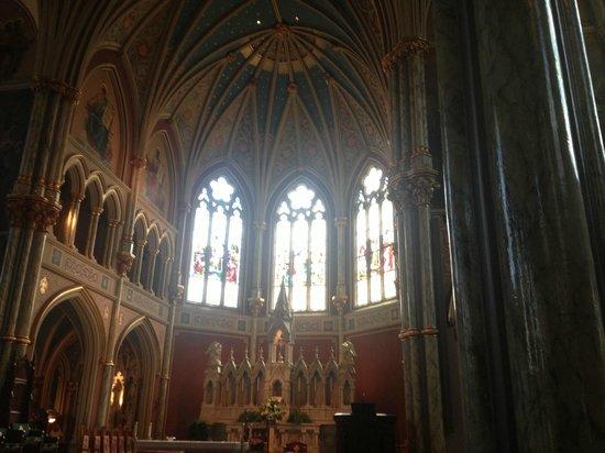 Savannah Dan Walking Tours: St John's Cathedral