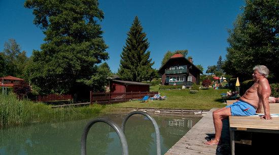 Seepark Drobollach: Schwimmen im Faaker See