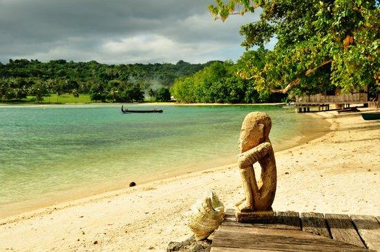 Ratua Private Island: View looking towards entertainment area in Fish Village