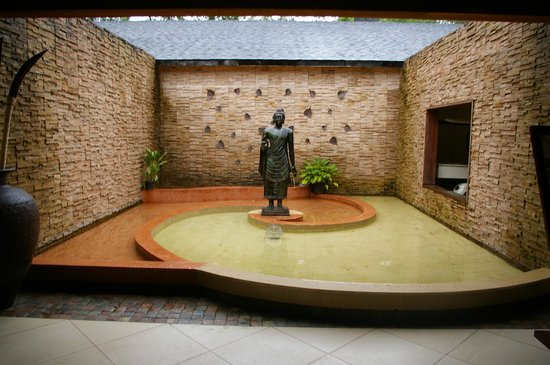 The Windflower Resort and Spa, Coorg: l'entrée