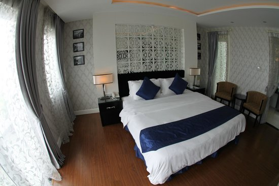 Church Boutique Hotel Hang Gai : Suite 2