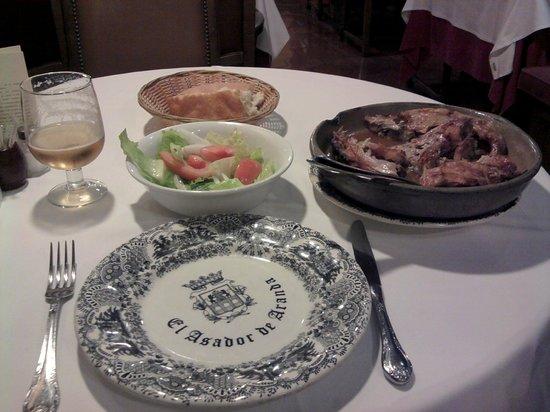 Restaurante El Figón de Recoletos : Lechazo y ensalada