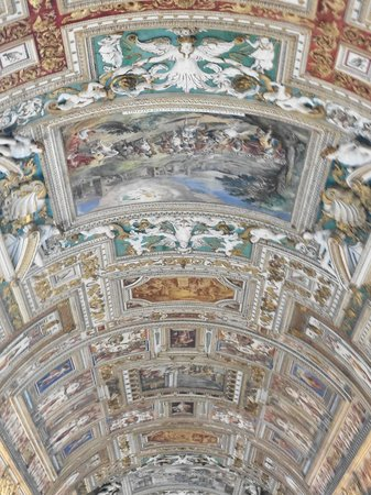 Bob's Limousines & Tours in Rome: The Sistine Chapel ceiling, painted by Michelangelo between 1508 and 1512