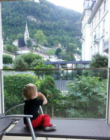 Résidences du National Montreux: вид с террасы на горы
