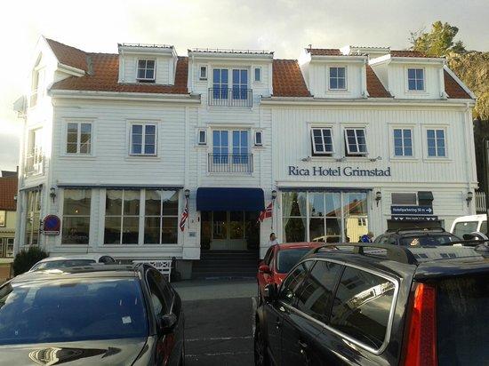 Scandic Grimstad : Entrée de l'Hotel