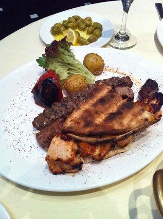 Maroush: mixed grill