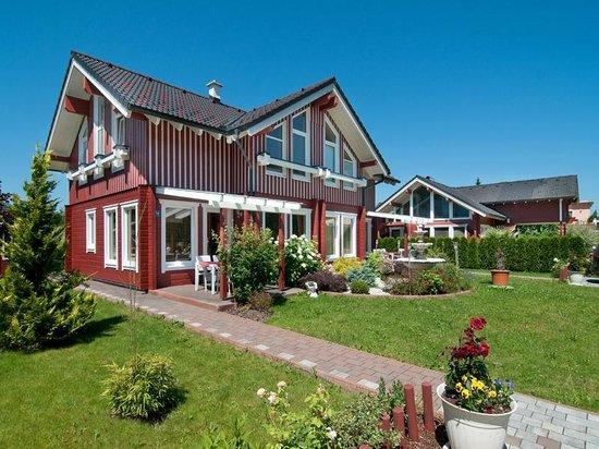 Appartements-Pension ERNA: Seevilla