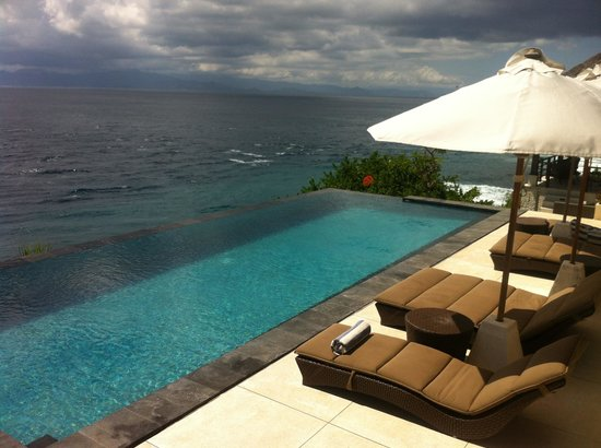 The Point Resort Lembongan: What's not to love about infinity pools and amazing sunset views!