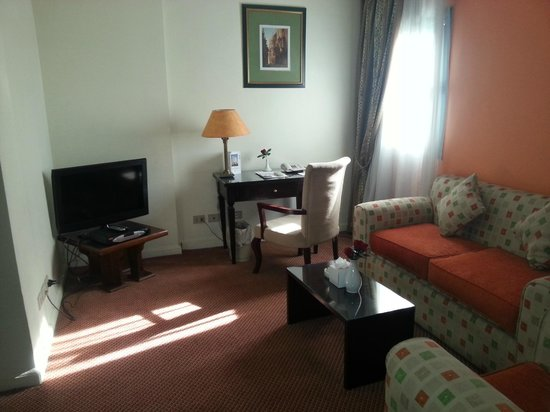 Gawharet Al Ahram Hotel: Business suite