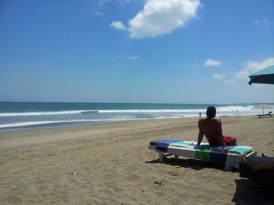 L Hotel Seminyak: The beach which has a deal with the L Hotel