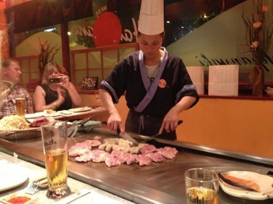 Hanahana: chicken teriyaki being cooked