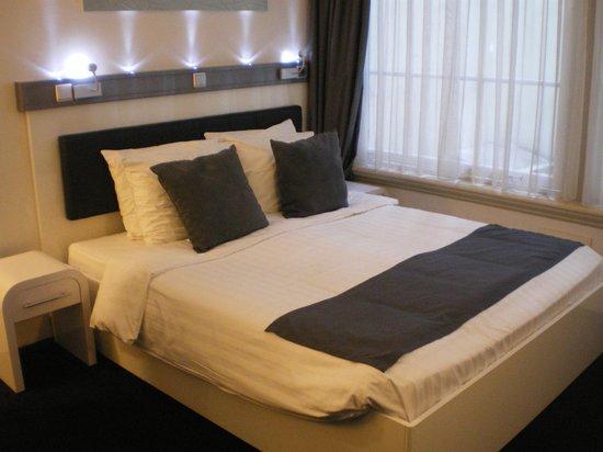 Hotel CC: letto