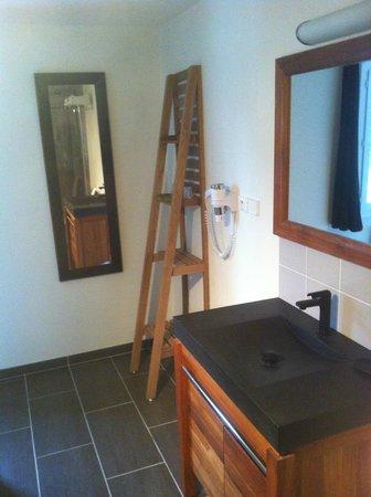 Hotel Le Clos Fleuri: Salle de bain