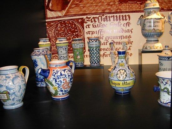 Malicorne Espace Faïence - le Musée : les collections anciennes