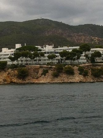 Apartotel Ponent Mar: view of PMar from the sea!
