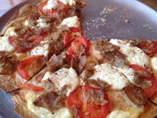 Petrillo's Italian Restaurant and Pizzeria: Stilletto Pizza Sausage Roma Tomatoes & Ricotta