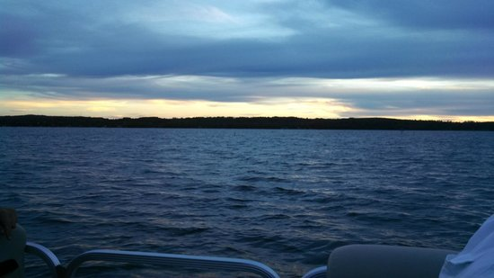 Lake Skegemog Resort : Lake Skegemog Lake