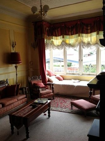 Alice's Cottages and Spa Hideaways : Aphrodite's lounge