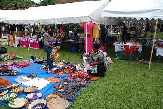 Makindye Country Club: monthly flea market at mcc